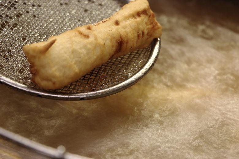 preparazione filetti di baccalà fritti in pastella